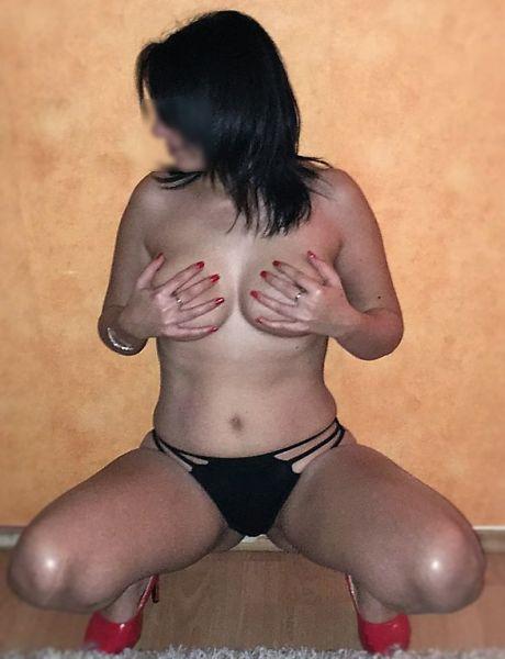 Nibor, Sex seznamka - ona hled mue, milence